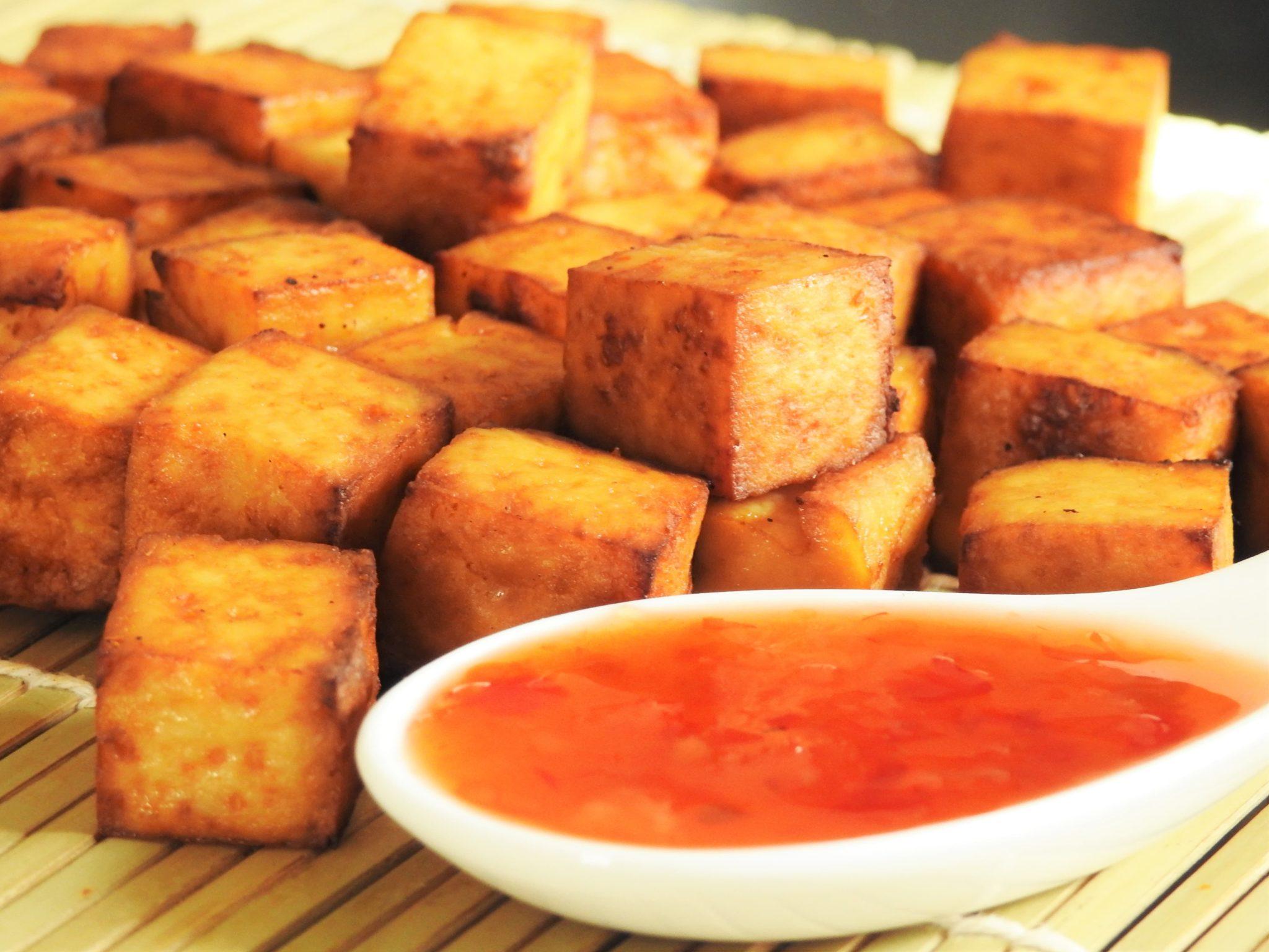 Tofu Snack with Sweet Chili Sauce