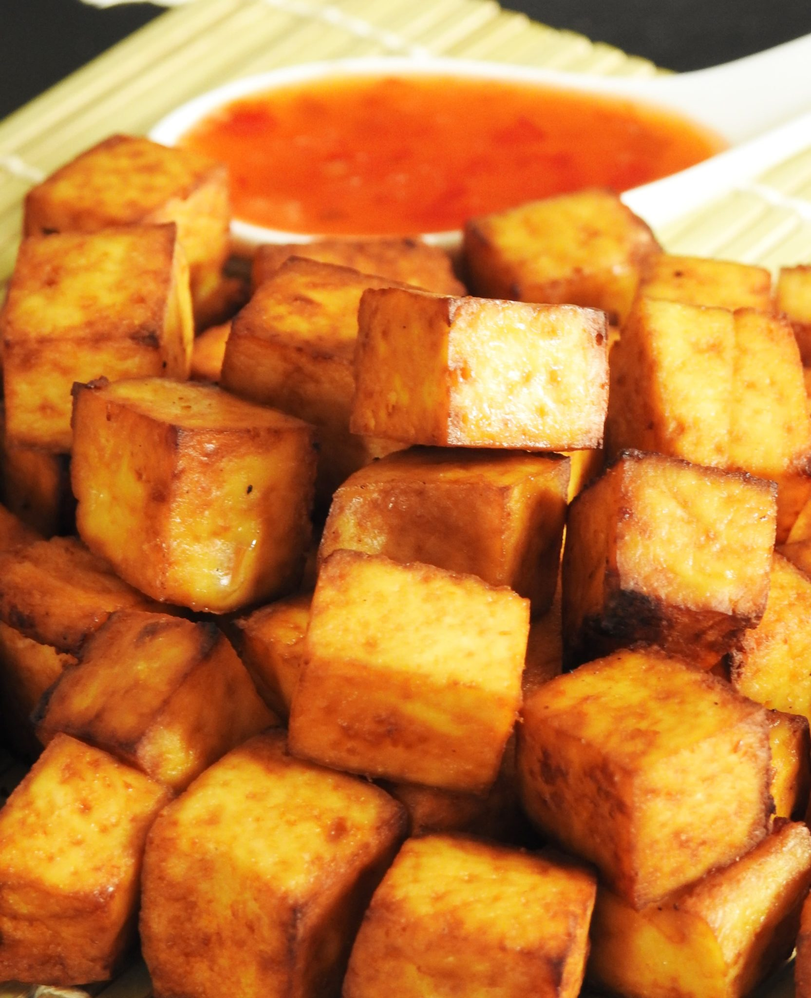 Tofu Snack with Sweet Chili Sauce
