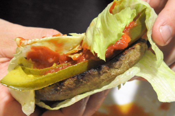 spicy sriracha lettuce burger