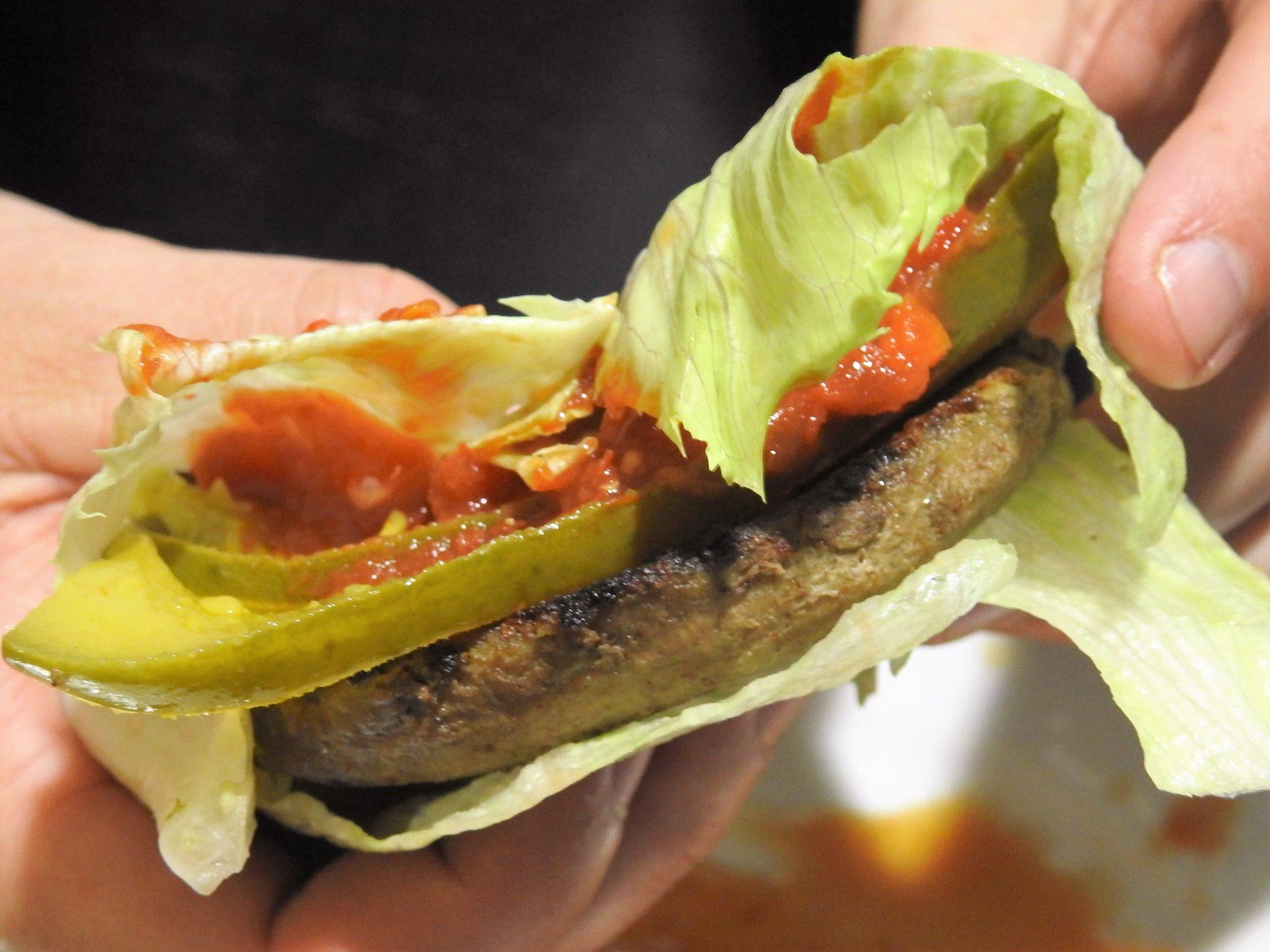 sriracha salsa burger