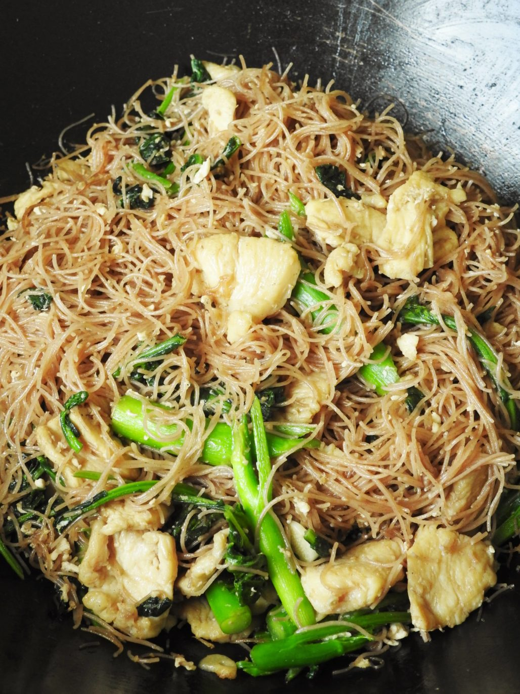 Brown Rice Vermicelli Pad See Ew with Chicken