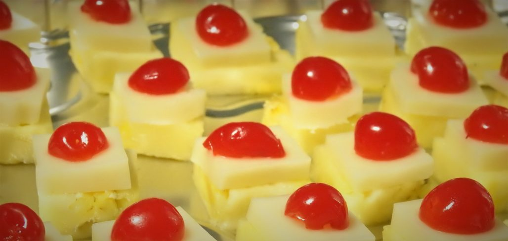 Pineapple Cheese Canape & Pineapple Cheese Canape - Healthy Thai Recipes