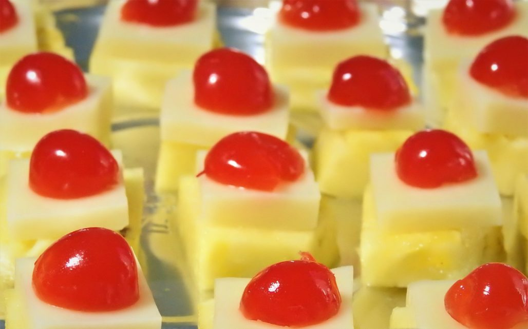 Easy & Simple Pineapple Cheese Canape with only 3 ingredients