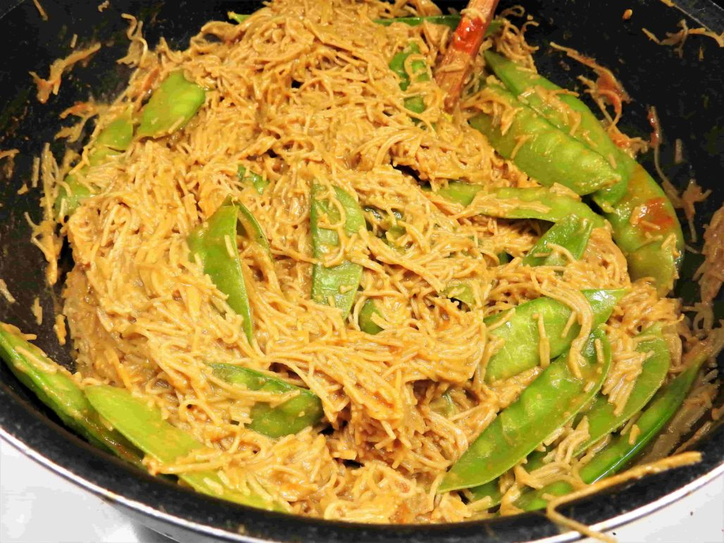 Peanut Vermicelli In the Pot