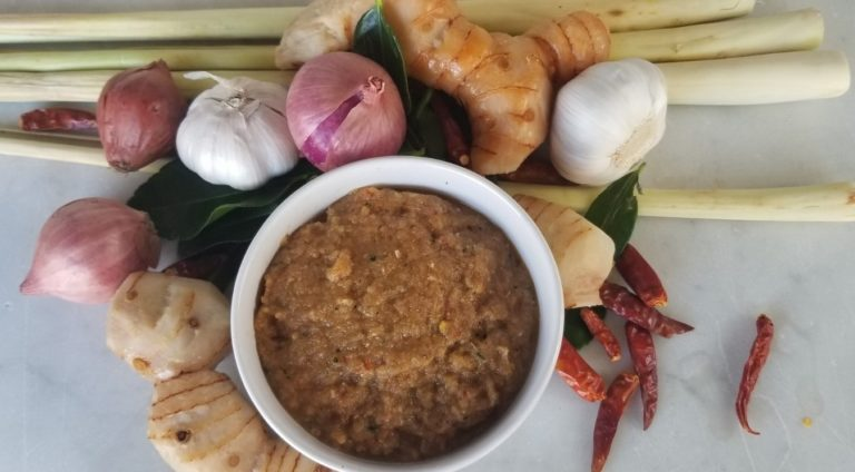 Paneang Curry Paste