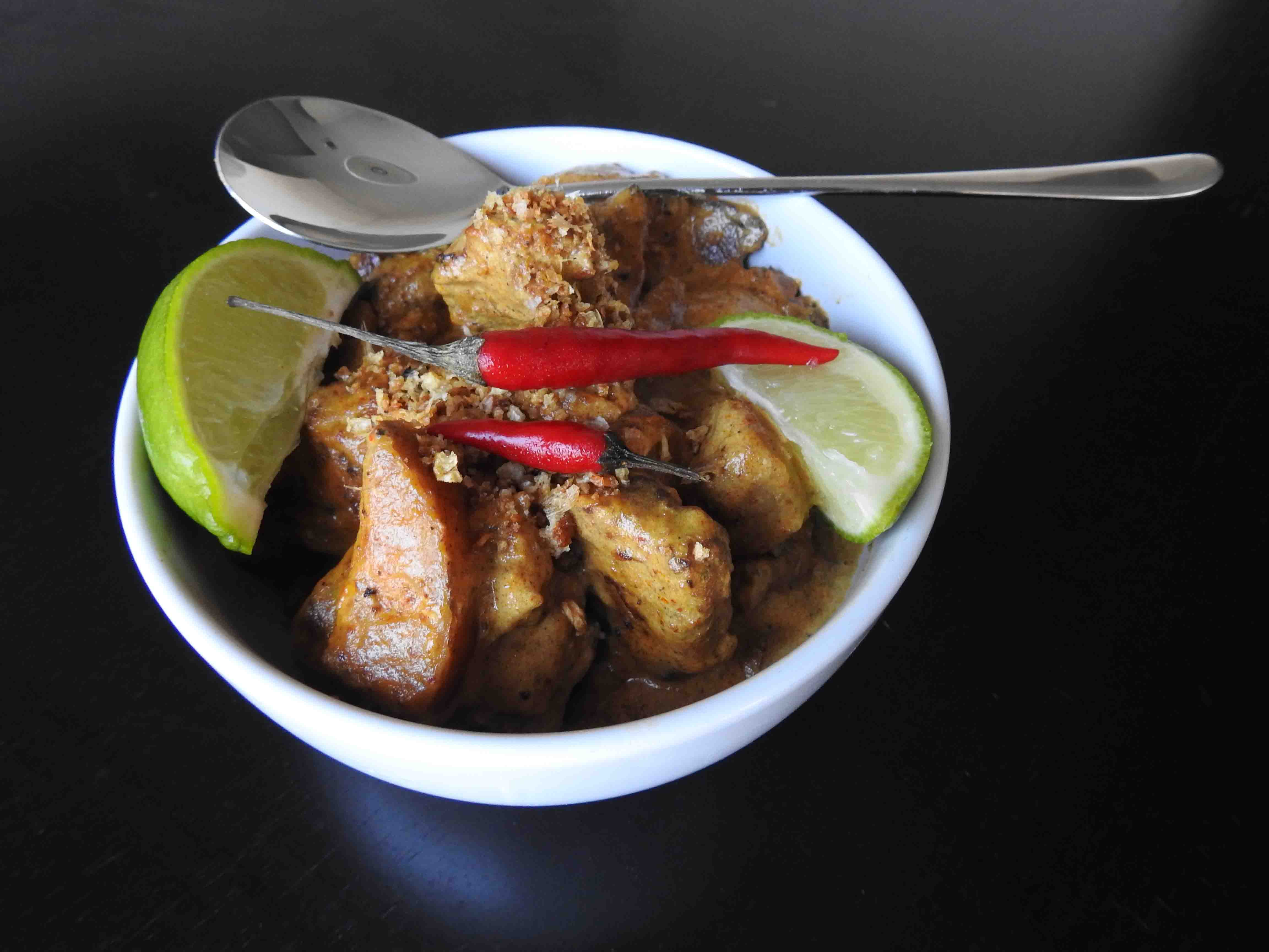 Yellow Sour Curry Pork