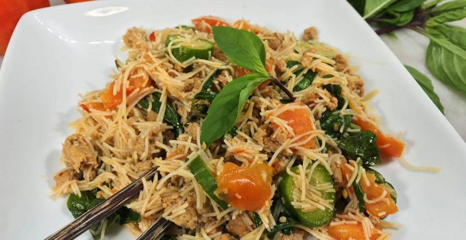 Thai Style Brown Rice Vermicelli With Turkey Sausage
