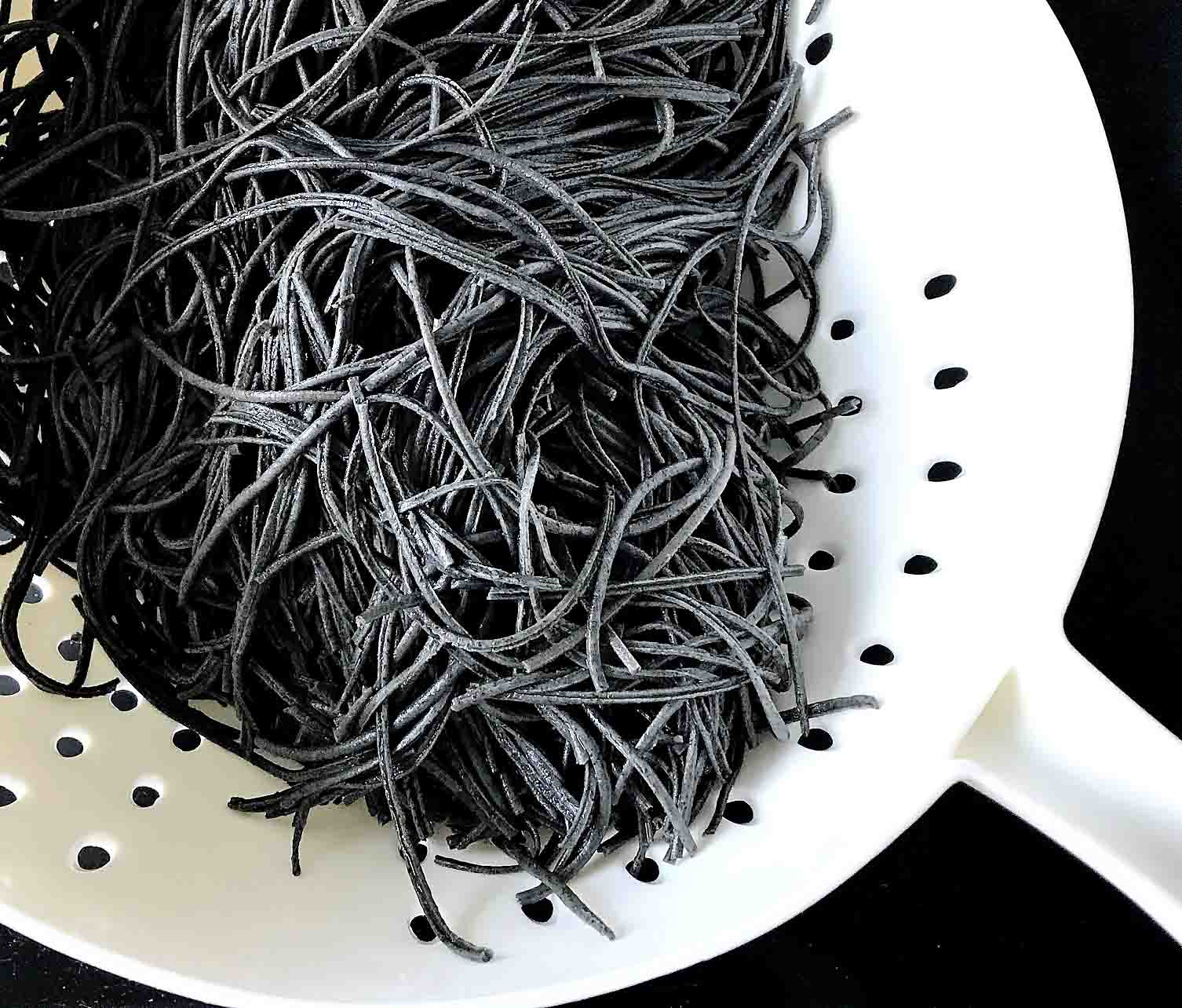 Explore Cuisine Black Bean Noodles Strained