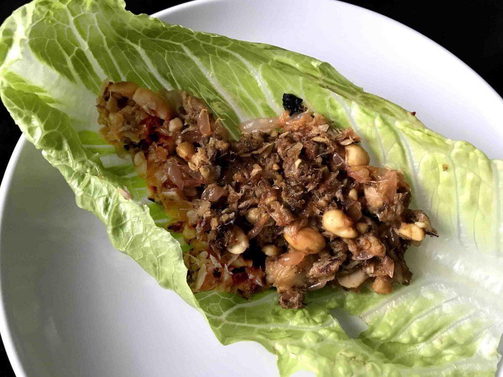 Pomelo Peanut Lettuce Wrap