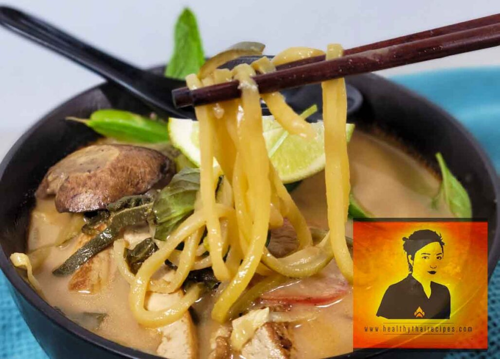 Thai Coconut Zoodle Soup